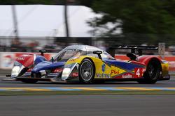 Oreca Matmut车队4号标致908 HDi-FAP赛车:奥利弗·潘尼斯、罗伊克·杜瓦尔、尼古拉斯·拉皮埃尔