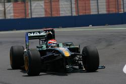 Jarno Trulli, Lotus F1 Team verliest zijn voorvleugel