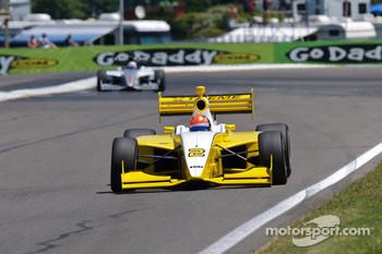 James Hinchcliffe, 2010 Indy Lights