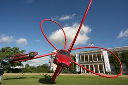 Скульптура Alfa Romeo с Фестиваля скорости в Гудвуде