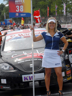 Tom Boardman's grid girl