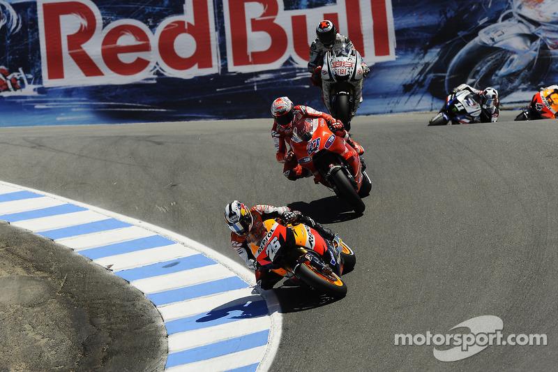 Dani Pedrosa, Repsol Honda Team rijdt voor Casey Stoner, Ducati Marlboro Team en Jorge Lorenzo, Fiat Yamaha Team