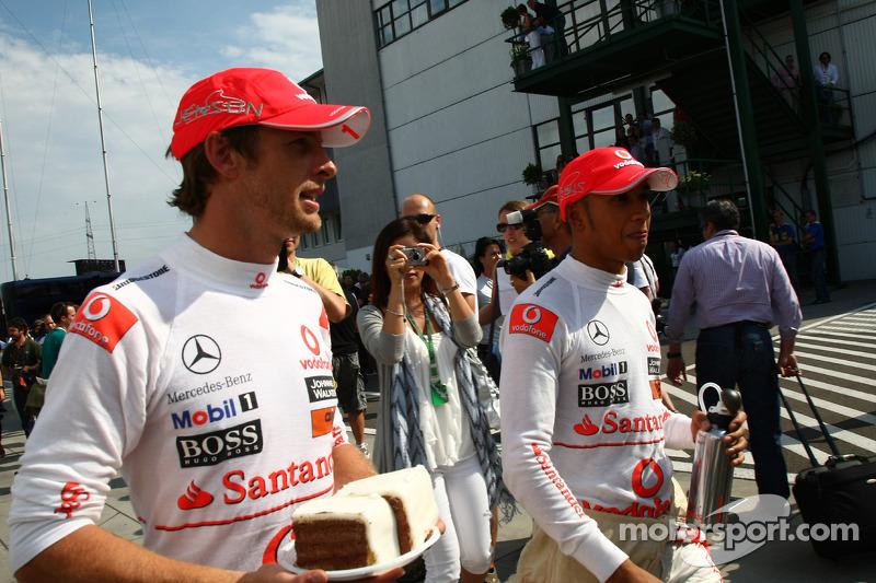 Jenson Button, McLaren Mercedes et Lewis Hamilton, McLaren Mercedes