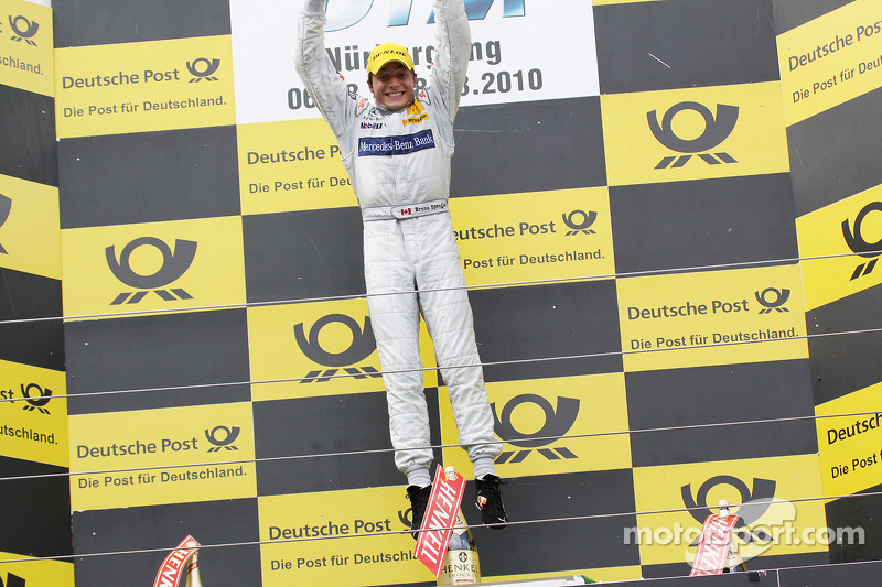 Podium: winnaar Bruno Spengler, Team HWA AMG Mercedes C-Klasse