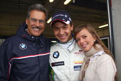 Dr. Mario Theissen, Poleposition for Augusto Farfus BMW Team RBM BMW 320si with his wife Liri