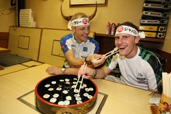 Mikko Hirvonen and Matthew Wilson learn how to make sushi