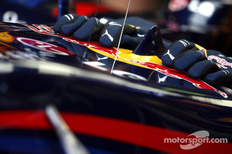 Handschoenen van Mark Webber, Red Bull Racing
