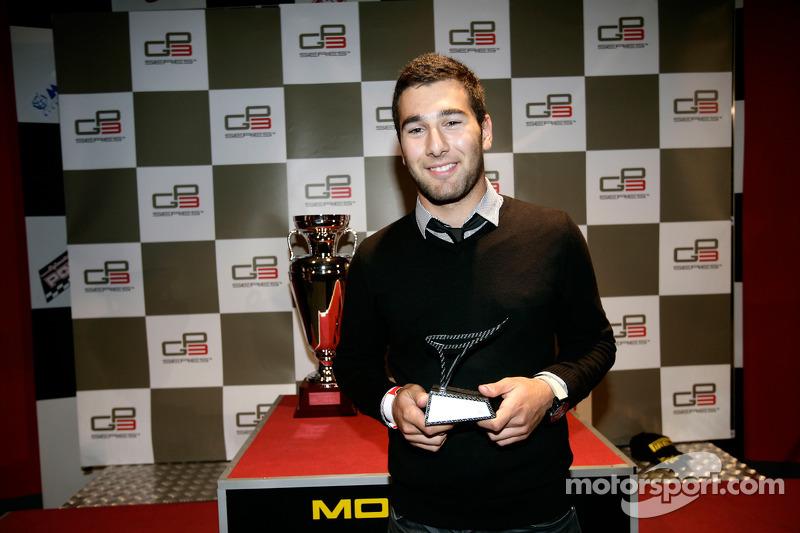 Daniel Morad receives his trophy