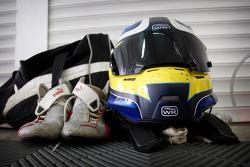 Les bottes et le casque de Jack Clarke