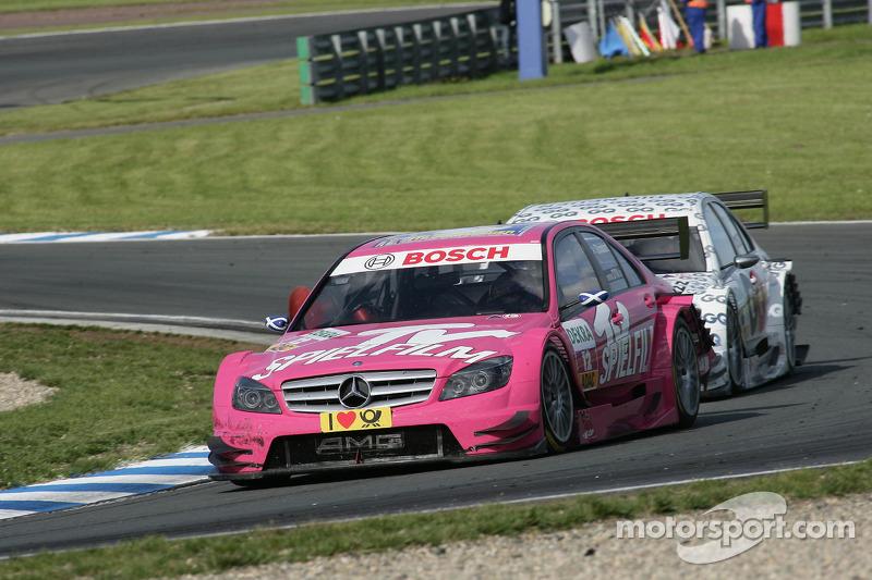 Susie Stoddart, Persson Motorsport, AMG Mercedes C-Klasse en Maro Engel, Mücke Motorsport, AMG Mercedes C-Klasse