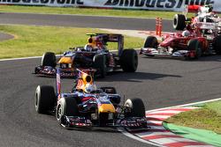 Себастьян Феттель, Red Bull Racing попереду Марка Веббера, Red Bull Racing