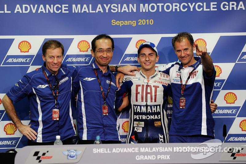 Persconferentie: 2010 MotoGP kampioen Jorge Lorenzo, Fiat Yamaha Team