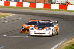 #100 Callaway Competition Z06R GT3: Marius Ritskes, Bernard van Oranje; #30 Team Rhinos Leipart Ascari KZ1R GT3: Rustem Teregulov, Andrei Romanov