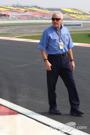 Charlie Whiting, FIA Safty delegate, Race director & offical starter