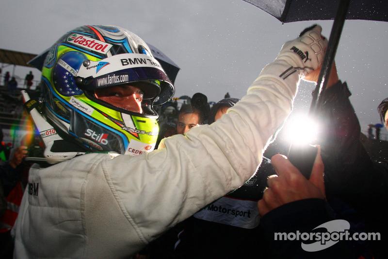Race winnaar Augusto Farfus, BMW Team RBM BMW 320si