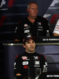 Timo Glock, Virgin Racing, John Booth, Virgin Racing Direktör