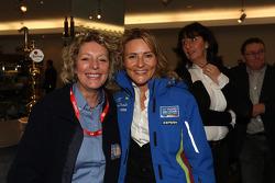 Hayley Gallagher et Oksana Polovaya à la fête d'adieu à la Ford Focus RS WRC