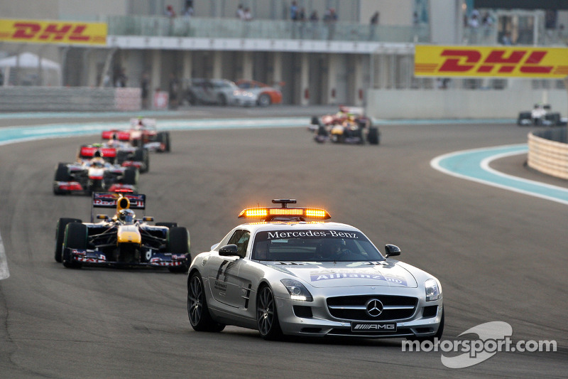 De safety car voor Sebastian Vettel, Red Bull Racing