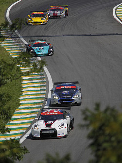 #23 Sumo Power GT Nissan GT-R: Michael Krumm, Peter Dumbreck leads a group of cars