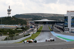 Paul di Resta, Piloto de pruebas de Force India F1 Team, Kamui Kobayashi, Sauber F1 Team
