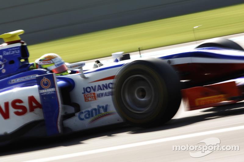 Podium: race winner Jules Bianchi and third place Davide Valsecchi