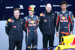 Christian Horner, Red-Bull-Racing-Teamchef; Sebastian Vettel, Red Bull Racing; Adrian Newey, Red-Bul