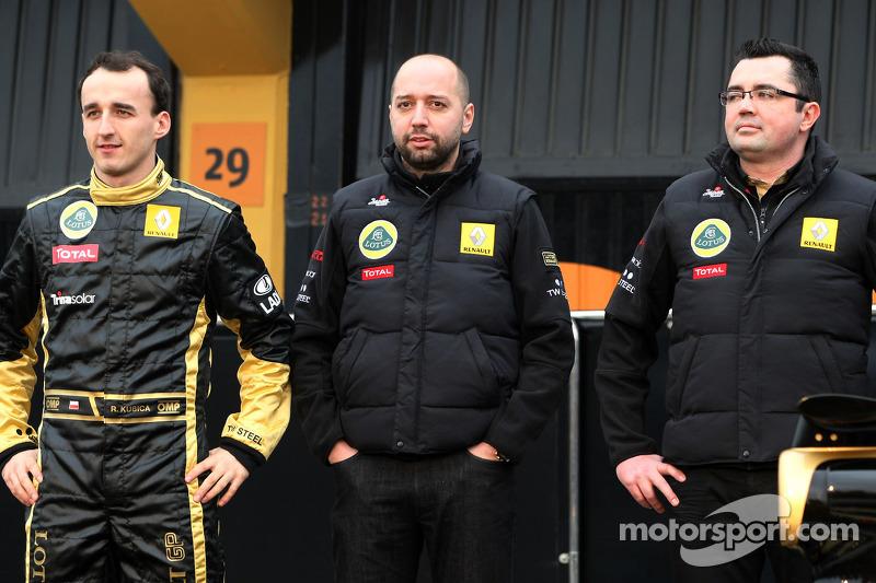 Robert Kubica, Lotus Renault GP, Gerard Lopez, Lotus Renault GP owner and Eric Boullier, Team Principal, Lotus Renault GP