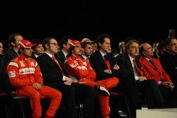 Felipe Massa, Scuderia Ferrari; Stefano Domenicali; Fernando Alonso, Scuderia Ferrari; John Elkann; Luca di Montezemolo, Ferrari-Präsiden; Emilio Botin