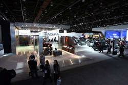 Acura Stand