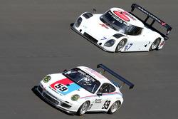 #59 Brumos Racing Porsche GT3: Andrew Davis, Hurley Haywood, Leh Keen, Marc Lieb, #7 Starworks Motorsport Ford-Riley: Doug Peterson, RJ Valentine