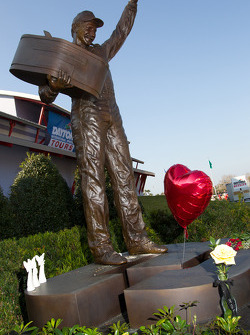 Dale Earnhardt monument in front of the Daytona 500 Experience
