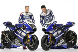 Jorge Lorenzo and Ben Spies with the 2011 Yamaha YZR-M1
