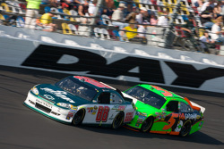 Dale Earnhardt Jr., Hendrick Motorsports Chevrolet, Mark Martin, Hendrick Motorsports Chevrolet