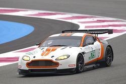 #79 JOTA Aston Martin Vantage: Sam Hancock, Simon Dolan