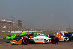 Danica Patrick, Andretti Autosport and Charlie Kimball, Novo Nordisk Chip Ganassi Racing in trouble