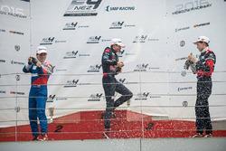 Podio: ganador Richard Verschoor, segundo lugar Nikita Sitnikov, tercer lugar Aleksey Korneev
