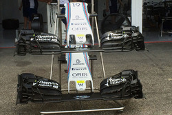 Williams FW38 front wing detail