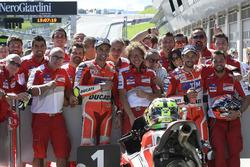 Polesitter Andrea Iannone, Ducati Team; 3. Andrea Dovizioso, Ducati Team