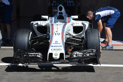 Front, Williams FW38