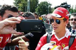 Себастьян Феттель, Ferrari з уболівальниками