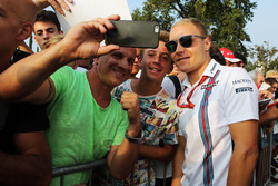 Valtteri Bottas, Williams with fans