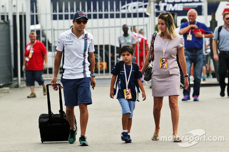 Felipe Massa, Williams con su esposa Rafaela Bassi, y su hijo Felipinho Massa,