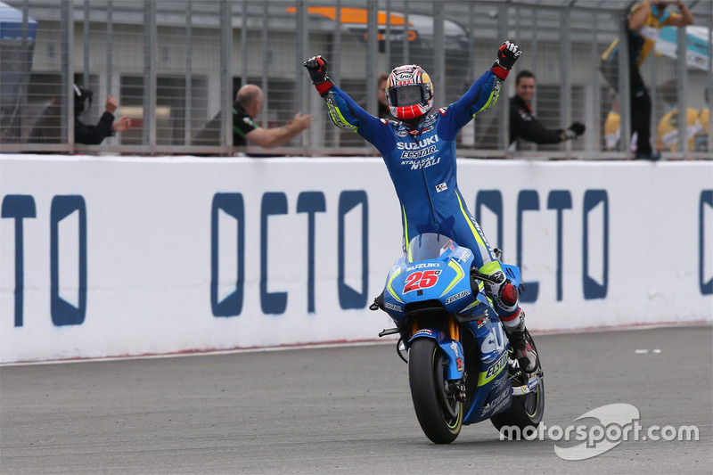 Silverstone: la primera victoria de Maverick