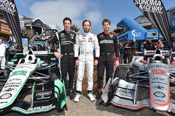 Indy Lights şampiyonu Ed Jones ve Simon Pagenaud, Team Penske Chevrolet, Will Power, Team Penske Chevrolet Pier 39'da