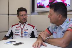 Лючія Чеккінелло, керівник команди Team LCR Honda, Фаусто Грезіні, керівник команди Aprilia Gresini Racing Team