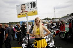 Gridgirl für Timo Scheider, Audi Sport Team Phoenix, Audi RS 5 DTM