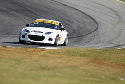 #34 Alara Racing Mazda MX-5: Christian Szymczak, Drake Kemper