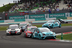 Stefano Comini, Volkswagen Golf GTI TCR, Leopard Racing e James Nash, Seat Leon Team Craft-Bamboo LUKOIL