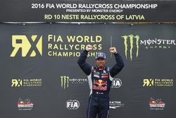 Sieger Sébastien Loeb, Team Peugeot Hansen