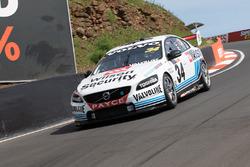 James Moffat y James Golding, Garry Rogers Motorsport Volvo